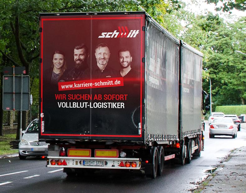 Schmitt News – Lkw Beschriftung Arbeitgebermarke