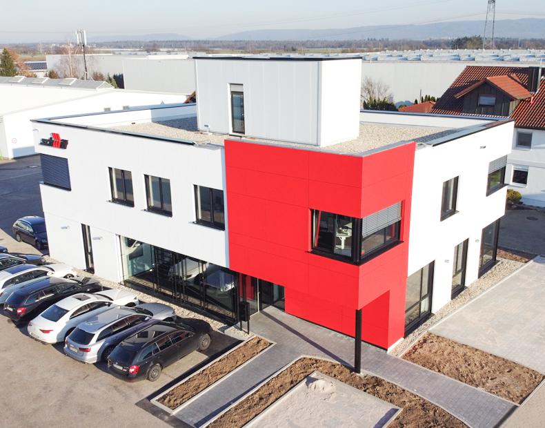Wir strahlen: Unser neues Bürogebäude